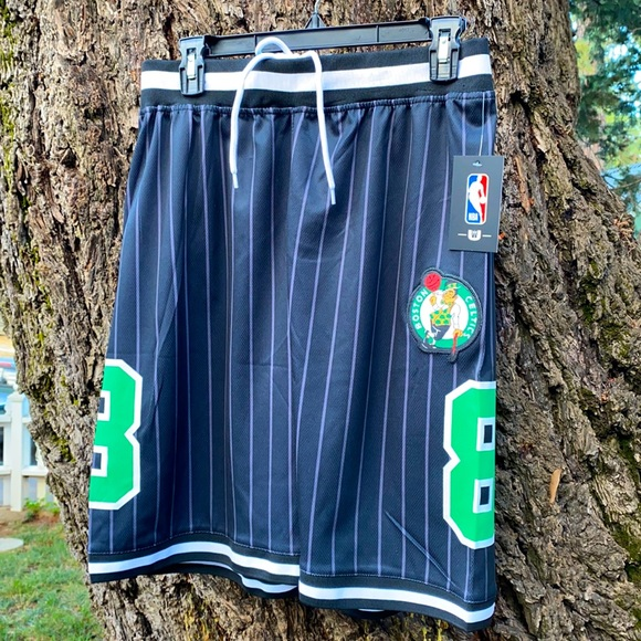 NWT Boston Celtics Basketball Shorts Sz M (Black)